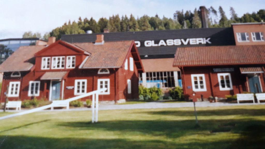 Sklárna Hadeland Glasswerk vNorském Jevnakeru.